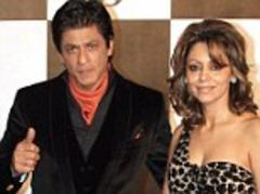 Shah Rukh Khan sparks controversy in India after it is revealed surrogate mother is pregnant with his son