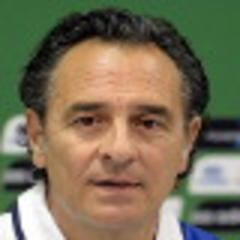 Italy's Prandelli considers changes
