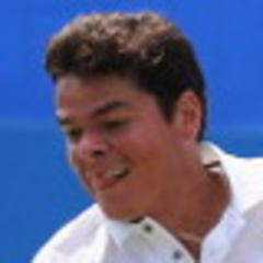 Raonic bombs out